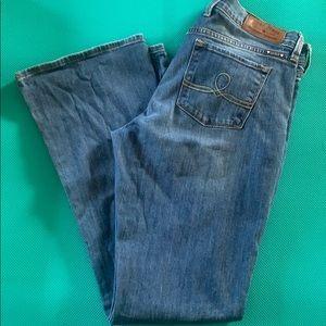 Euc lucky 🍀 brand Sofia boot jeans. 10/30